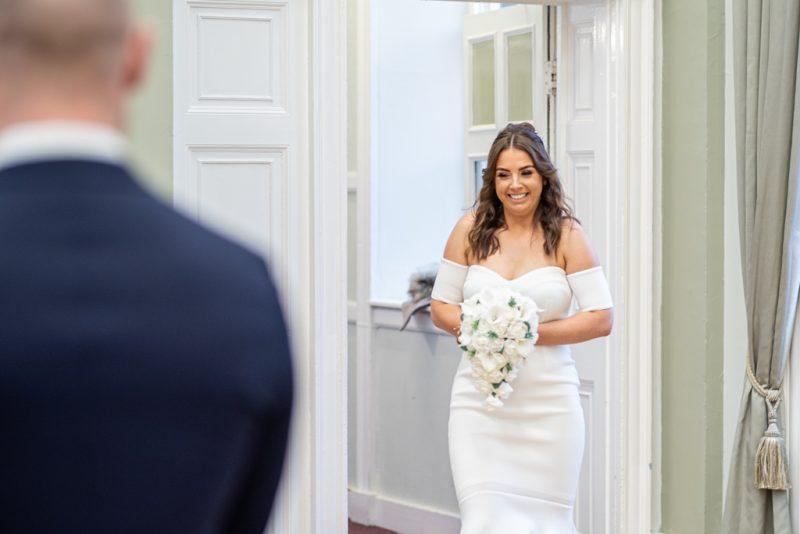 Laurence Sweeney Photography | Wedding Photos | Bride Arriving | Alnwick